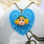Cute large blue heart neckl..
