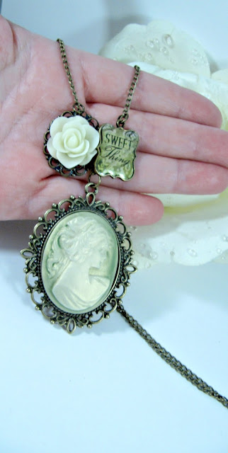 Large green cameo necklace, charm, vintage style, romantic jewelry